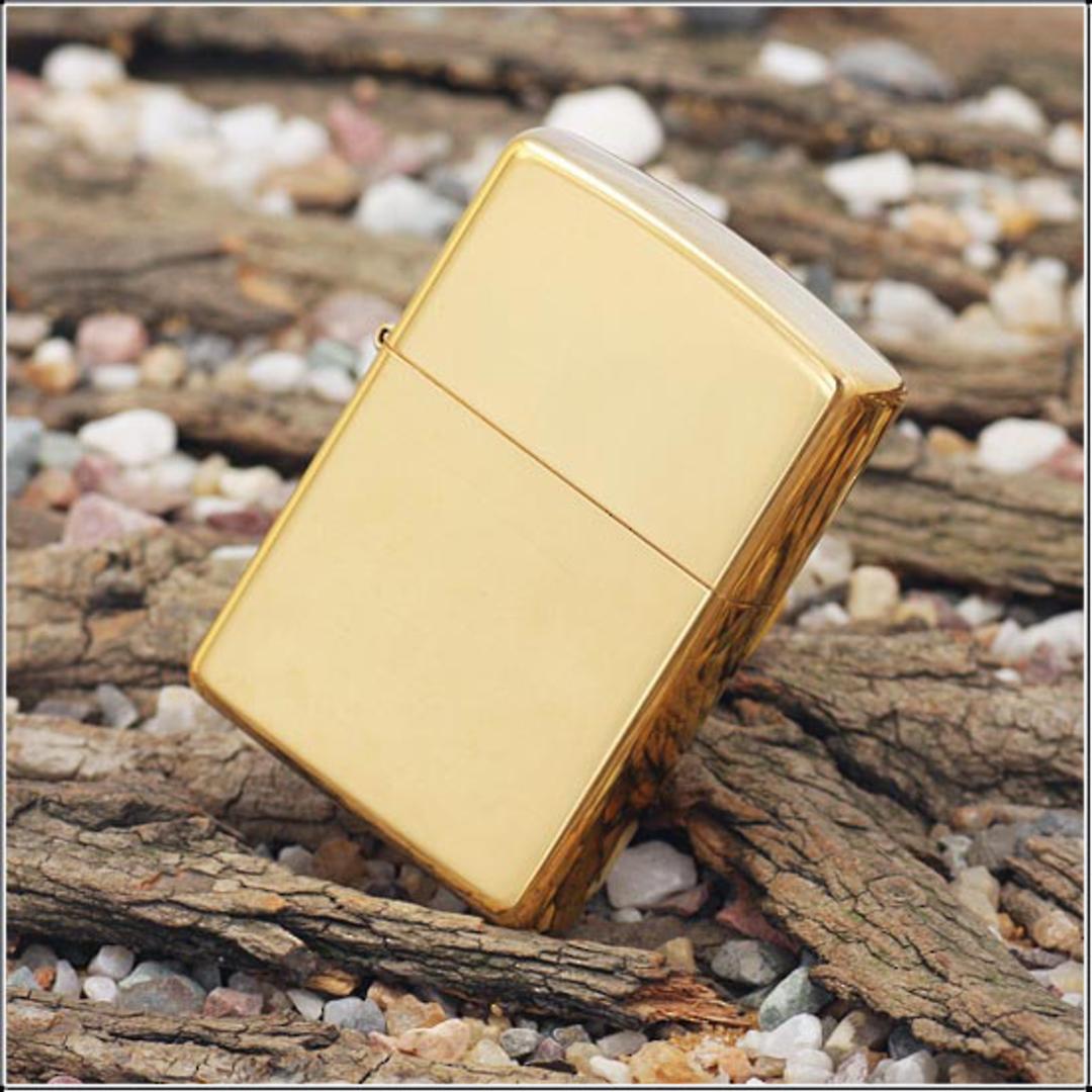 Zippo High Polish Brass Lighter image 0