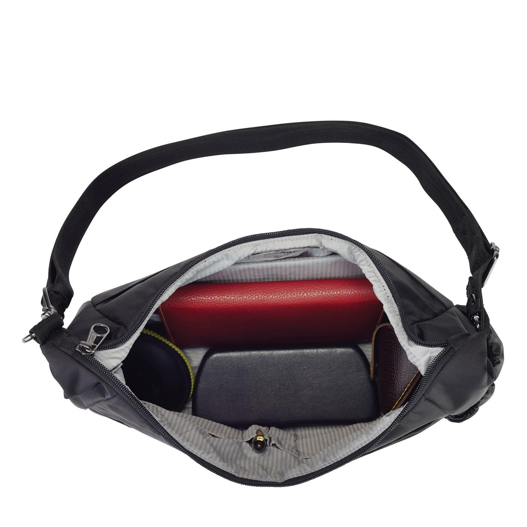 PACSAFE DAYSAFE ANTI-THEFT CROSSBODY BAG image 2