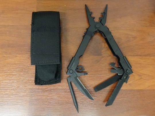 GERBER 600 Multi-Plier D.E.T. Multi Tool - 07400