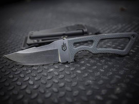 Gerber Ghostrike Fixed Gray Rubberized GFN Handle