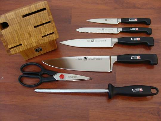 Zwilling J.A Henckels Four Star 7 pc Knife Block Set