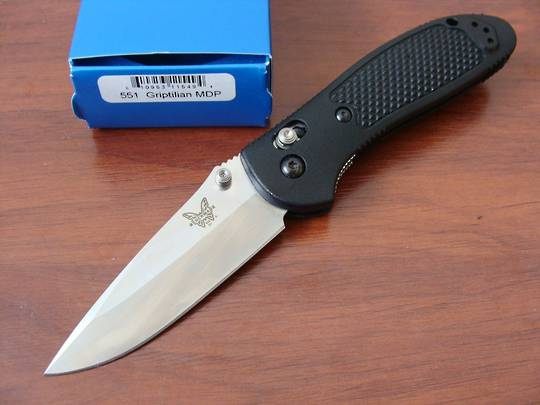 Benchmade 551 Griptilian 154cm Drop Point Folding Knife