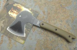 Kershaw Duck Commander Quax Axe