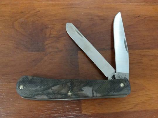 CASE CUTLERY Camo Case Caliber Trapper Folding Knife - 18332 No box