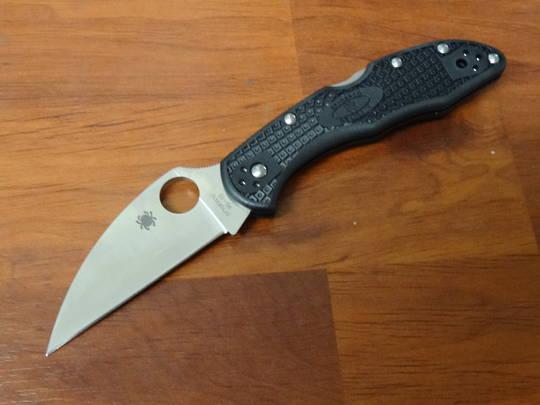 Spyderco Delica 4 Wharncliffe Folding Knife