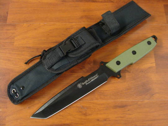 Smith & Wesson HOMELAND SECURITY GREEN SURVIVAL W/ BLACK BLADE Knife