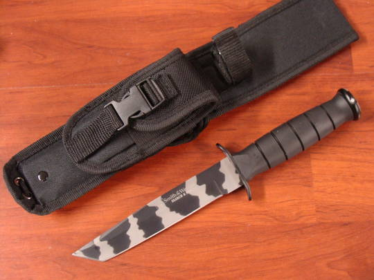 Smith & Wesson Search & Rescue Tanto Knife