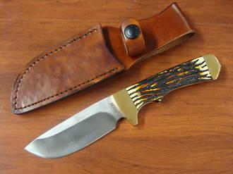 Schrade Uncle Henry Elk Hunter Fixed Staglon Handles, Leather Sheath
