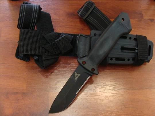 Gerber LMF II Infantry Black Knife