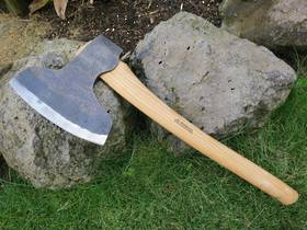 Wetterlings Broad Axe Short Handle - 190