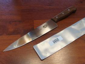 Victorinox Chef Knife 22cm Rosewood