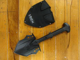 United Cutlery M48 Kommando Survival Shovel