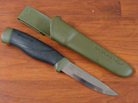 Mora Companion Heavy Duty Green