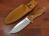 LionSteel M5 Hunter Fixed, Santos Wood Handles