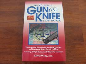 Book The Traveler's Gun & Knife Law Book 2012/2013