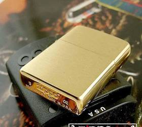 Zippo Brushed Brass Lighter