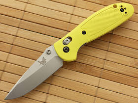 Benchmade 556-YEL Mini-Griptilian 154cm Folding Knife - Yellow