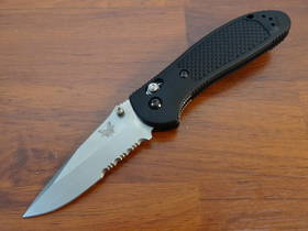 Benchmade 551S Griptilian 154cm Drop Point Folding Knife - Serrated