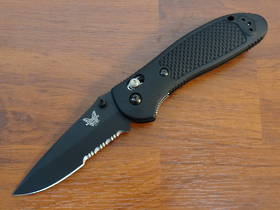 Benchmade 551SBK Griptilian 154cm Drop Point Folding Knife - Black Serrated