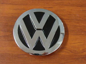 GIFTZONE - FREE VW BUCKLE WITH $120 PURCHASE